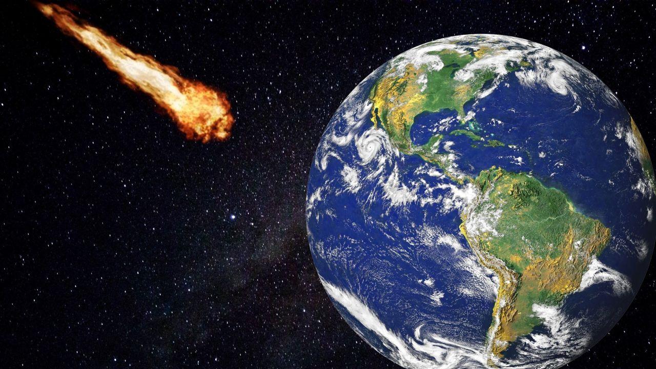 Asteroide que se dirige a impactar contra la Tierra