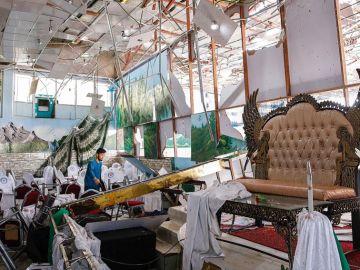 Lugar de la celebración de la boda destruido por el atentado suicida