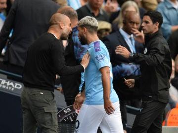 Guardiola se encara con Agüero