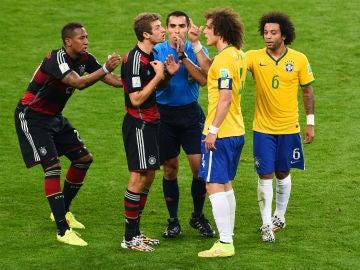 Marco Rodríguez, arbitrando el Brasil-Alemania del Mundial de 2014