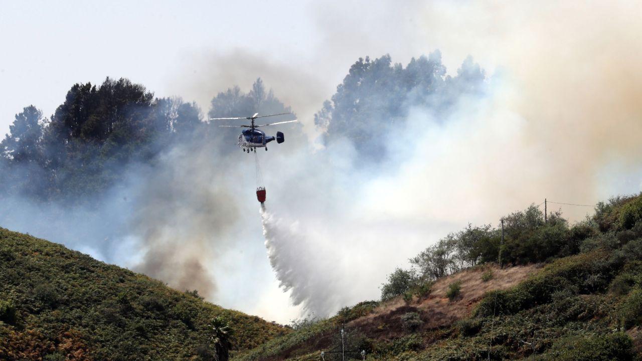 """El incendio de Gran Canaria """"remite"""" y """"pierde potencial"""""""
