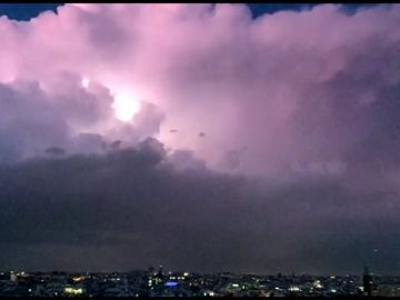 Espectaculares imágenes de las tormentas sobre Madrid: el sol volverá el fin de semana