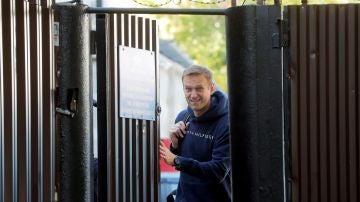 El líder opositor ruso Alexéi Navalni queda en libertad