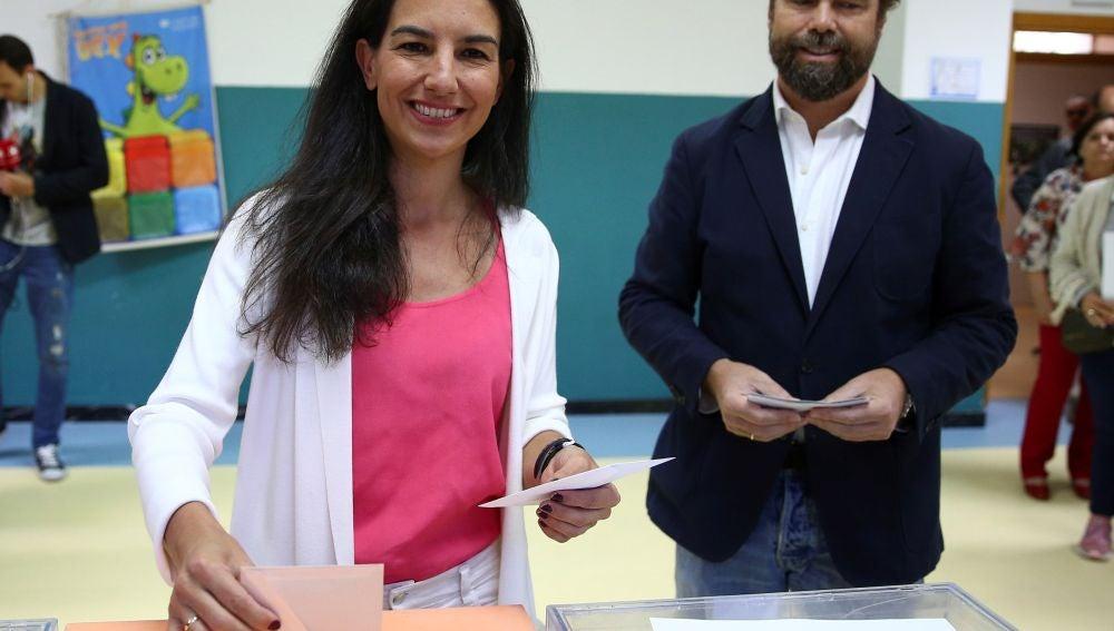 Rocío Monasterio e Iván Espinosa de los Monteros, dirigentes de Vox, en una foto de archivo.