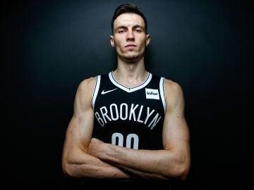 Rodions Kurucs, jugador de los Brooklyn Nets