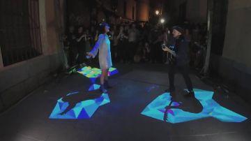 Amaral avanza su nuevo disco con un concierto en plena calle de Madrid
