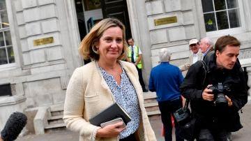 La ministra británica de Trabajo y Pensiones, Amber Rudd