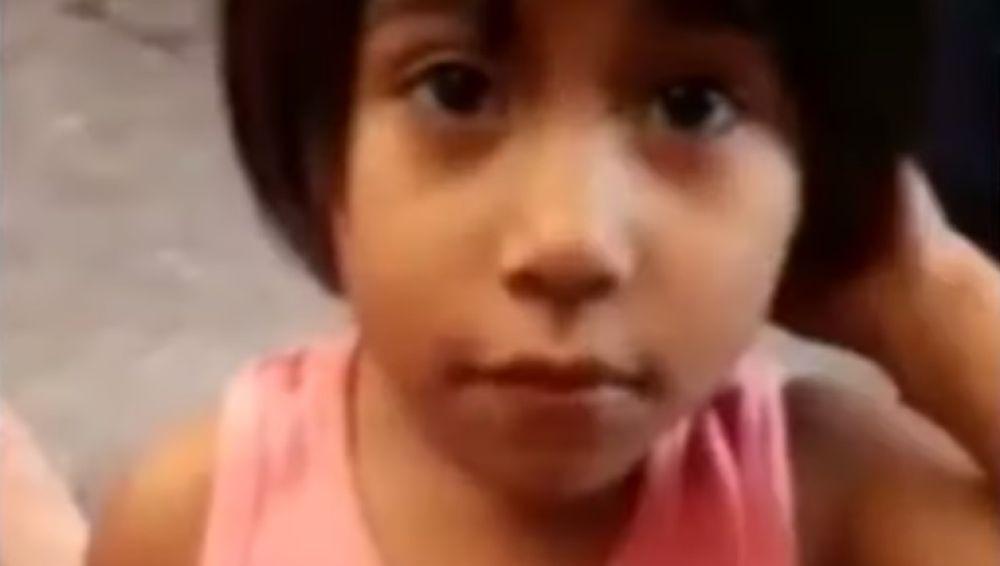 """""""Calcetitas rojas"""", la pequeña de cuatro años que falleció apaleada y violada por sus padres en México."""