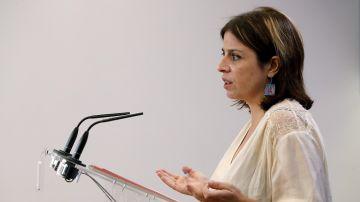 La vicesecretaria general del PSOE, Adriana Lastra, en rueda de prensa.