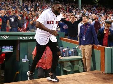 David 'Big Papi' Ortiz, apareciendo en el estadio de los Red Sox