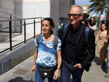 La madre de Gabriel a su llegada al juicio