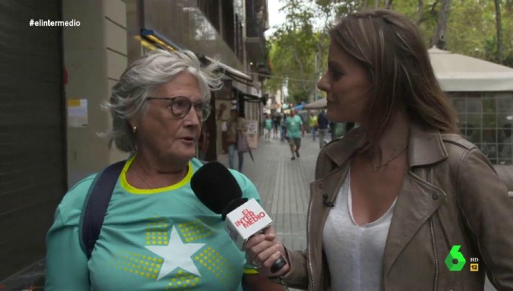 """Así explica una catalana por qué es independentista: """"Los españoles no nos tratan bien. Tenemos que dar todo el dinero"""""""