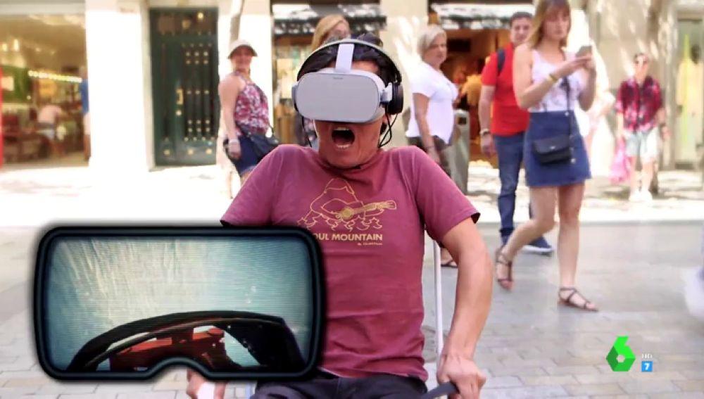 Zapeando hace disfrutar a la calle de una experiencia virtual: unas gafas que te transportan a una montaña rusa