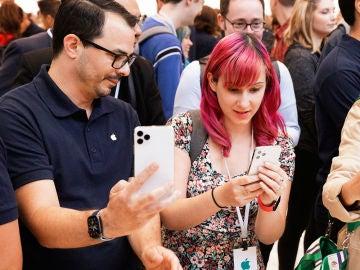 Probando el iPhone 11 Pro Max en Cupertino