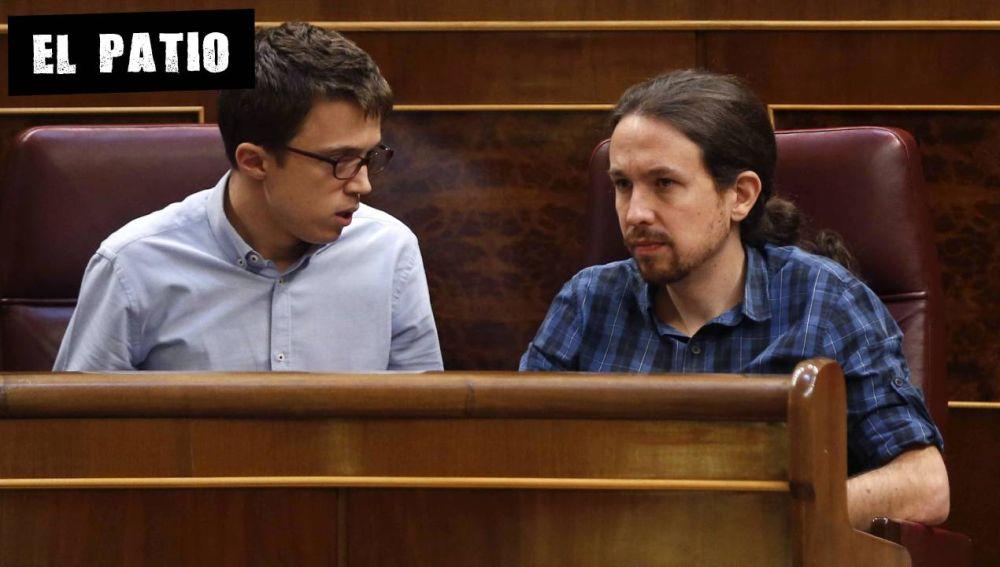 Íñigo Errejón y Pablo Iglesias en el Congreso en 2016