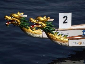 La cabecera de un 'bote dragón'