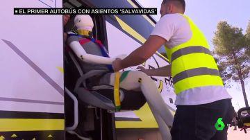 Autobús con asientos 'salvavidas'