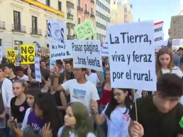 Huelga por el clima: los estudiantes, en lucha para evitar la muerte del planeta