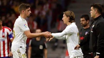 Modric entra por Valverde