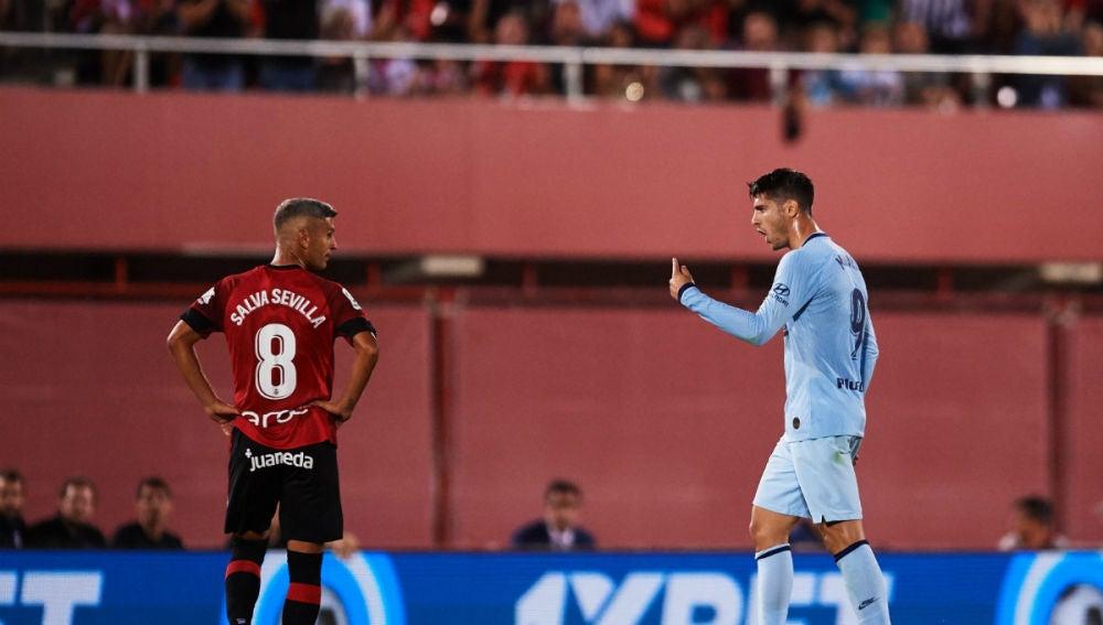Morata, ante Salva Sevilla