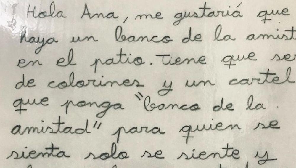 Imagen de la carta que una niña de nueve años ha dejado en el buzón de sugerencias de su colegio
