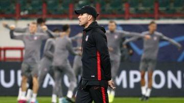 Simeone, en la sesión de entrenamiento de Moscú previa al partido ante el Lokomotiv.