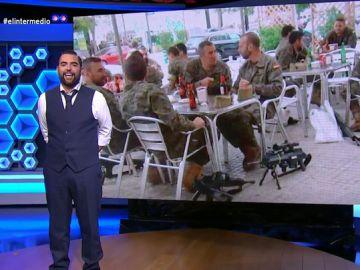 """Dani Mateo 'destapa' el porqué de la foto de los militares bebiendo cerveza: """"Practicaban una clásica maniobra española"""""""