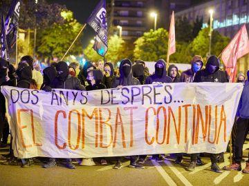 Un grupo de independentistas se manifiesta en Cataluña