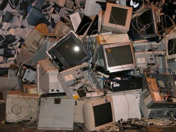 Toneladas de basura tecnológica