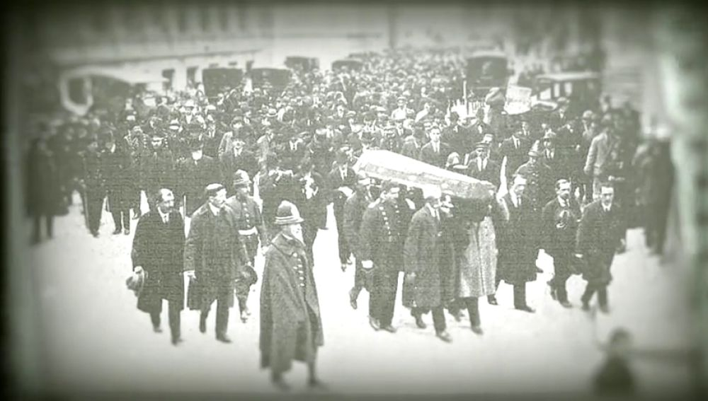 "Cuando las huelgas derivaron en ""terrorismo patronal"" y bandas de pistoleros mataban a tiros a obreros"