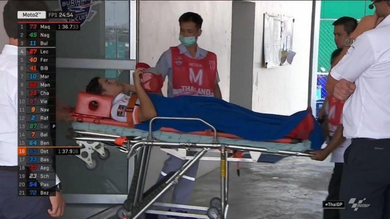 Marc Márquez, trasladado en camilla al hospital