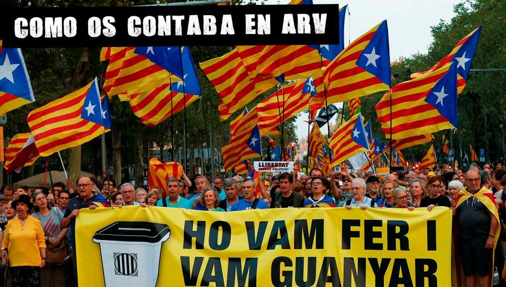 Varios manifestantes, durante la concentración convocada en Barcelona el 1-O