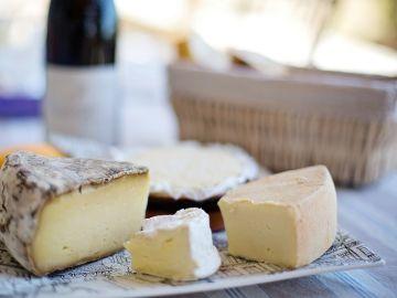 Imagen de archivo de varios quesos