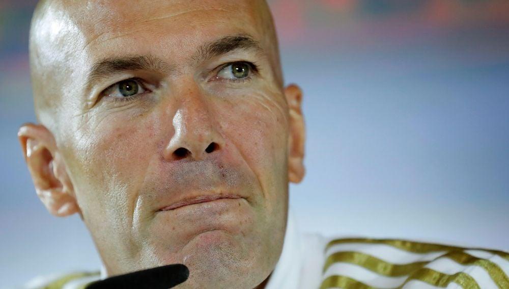 Zidane habla con los medios de comunicación