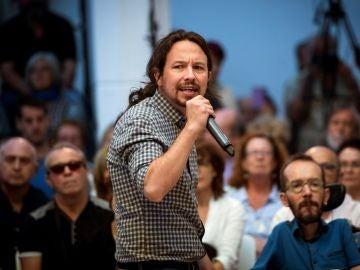 El líder de Podemos, Pablo Iglesias, durante un acto de precampaña