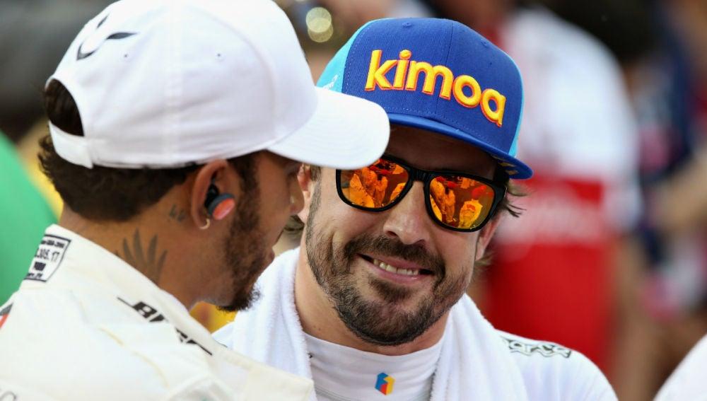 Hamilton, con Alonso