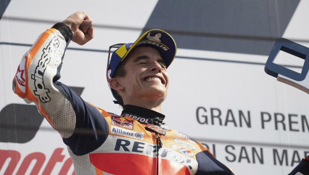 Marc Márquez celebra una victoria