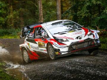 Ott Tänak lidera el Rally de Gales tras el día 1