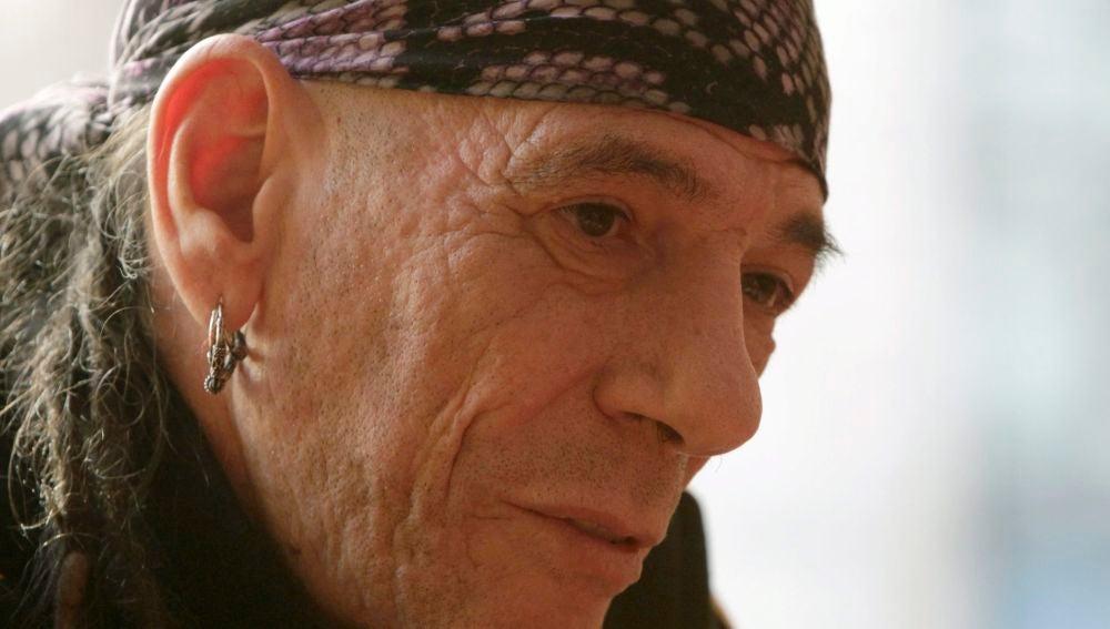 El fundador de Barricada Enrique Villareal, El Drogas