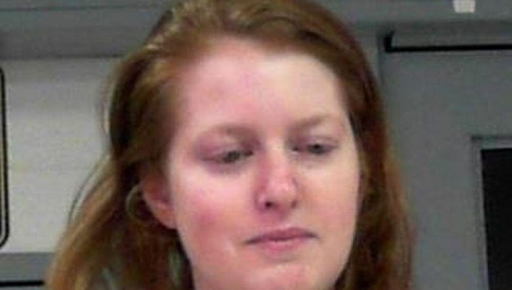 Imagen de la madre que mutiló los genitales a su hijo de tres años