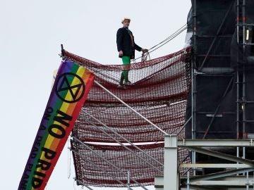 El detenido, subido al andamio en torno al Big Ben