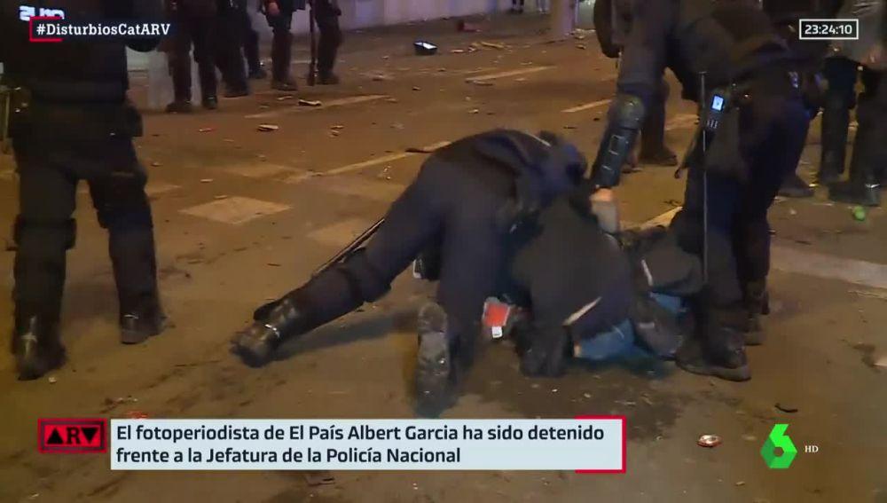 Detención del fotoperiodista Albert García