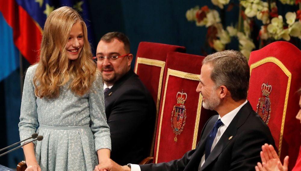 El rey Felipe y la princesa Leonor, tras el discurso de la princesa