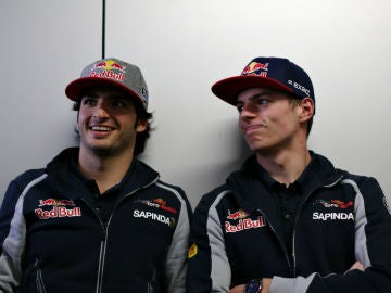 Carlos Sainz, junto a Max Verstappen en Toro Rosso