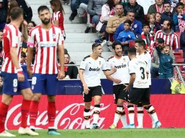El Valencia celebra un gol ante el Atlético