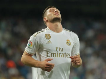 Jovic, en un partido con el Real Madrid