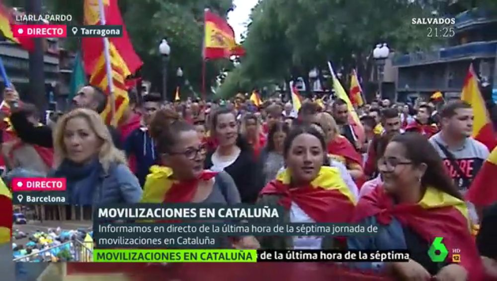 Manifestantes durante la concentración en Tarragona.