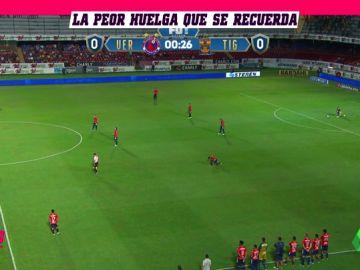 Se quedan parados en huelga por los impagos... y el equipo contrario se hincha a meter goles
