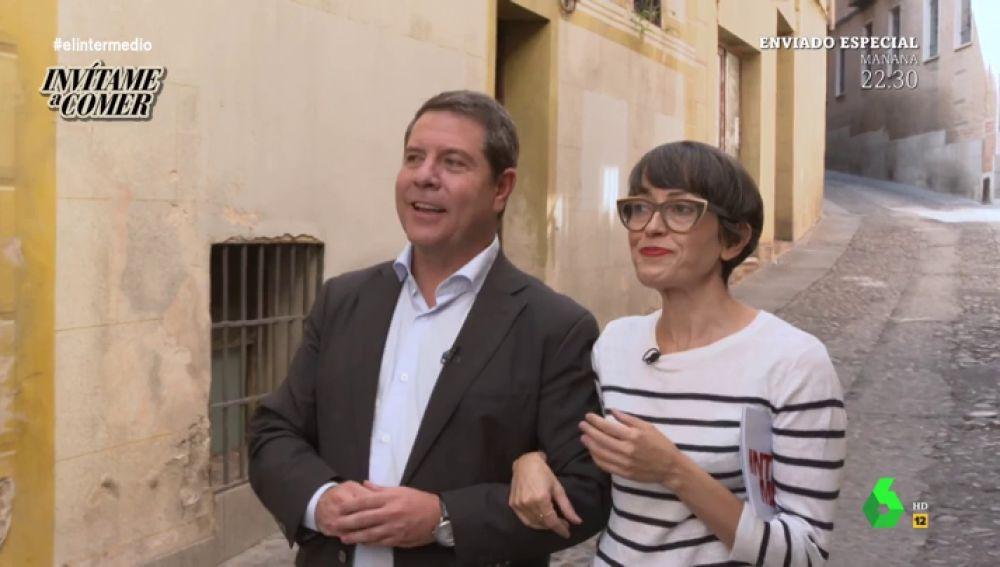 Thais Villas come con García-Page y acaba manándole un audio de voz a Sánchez