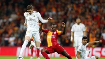 Fede Valverde, en una muestra de su superioridad física en el Ali Sami Yen de Estambul